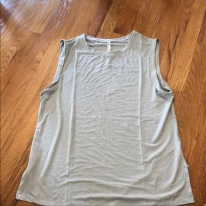 Fabletics Faith Tunic Tank - Medium